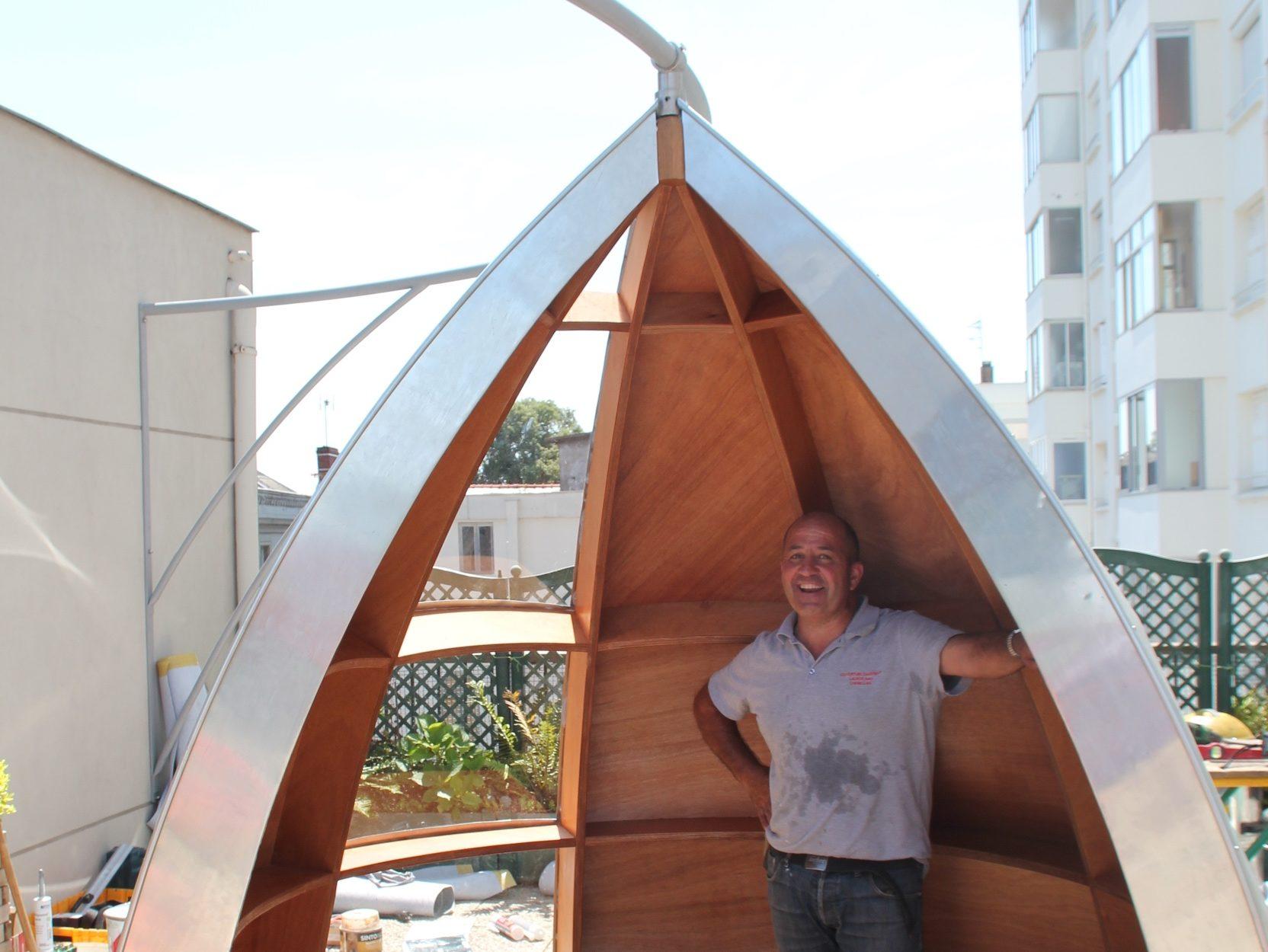 Petit mobilier coupe-vent sur une terrasse